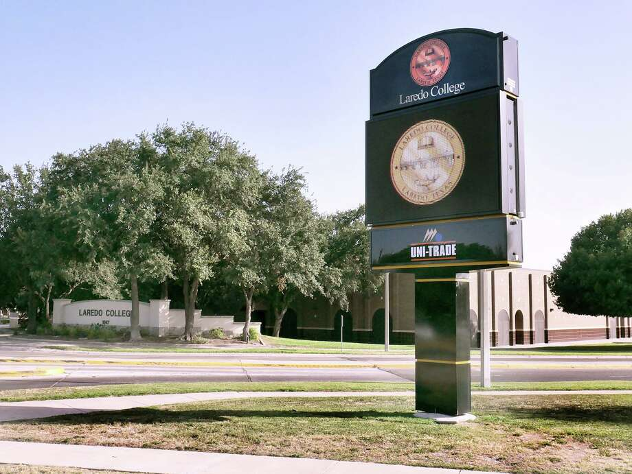 View of the new digital sign at the Laredo College Fort McIntosh campus as seen Tuesday, July 30, 2019. Photo: Cuate Santos / Laredo Morning Times File / Laredo Morning Times