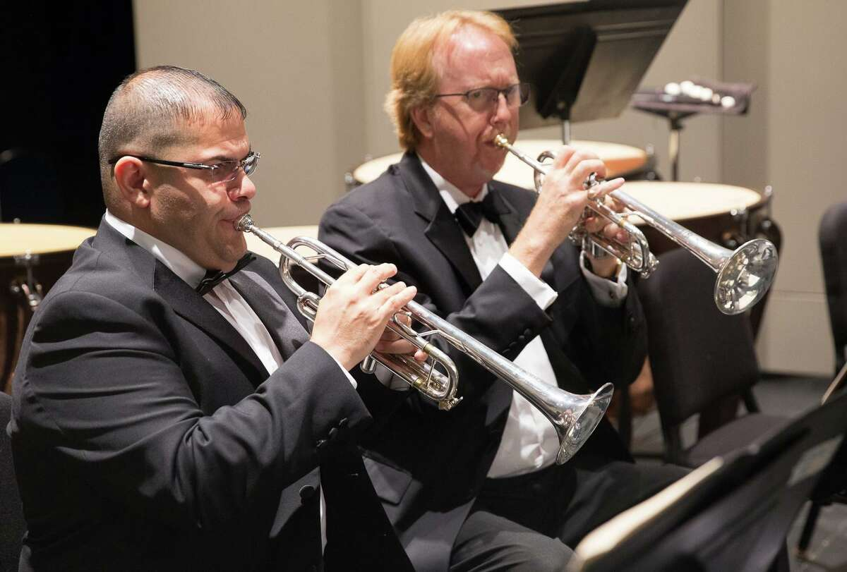 John Charles Thomas, right, will perform with the Waterbury Symphony on Dec. 21.