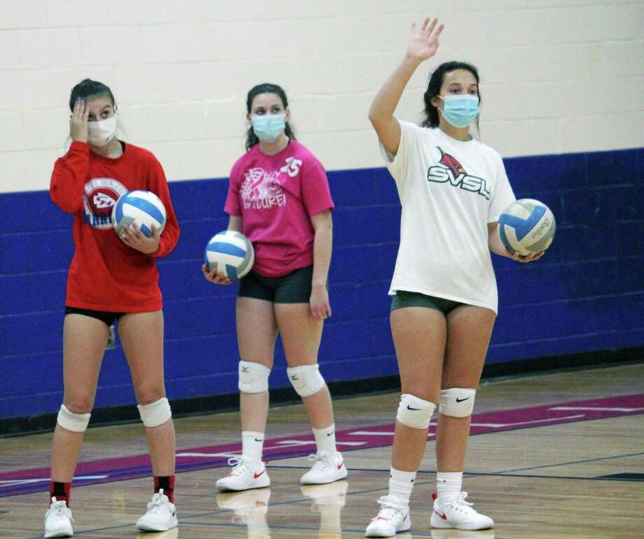 Chippewa Hills volleyball girls partake in a practice the day before they entered the district tournament.(Pioneer photo/John Raffel)