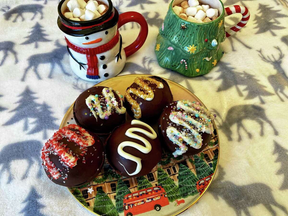 Hot chocolate bombs are all the rage this season and they're so easy and fun to make!