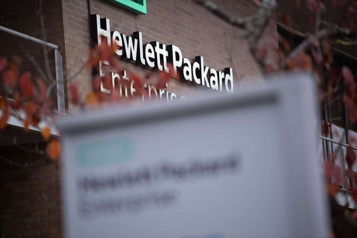 Hewlett Packard Enterprise will move its headquarters to Houston.