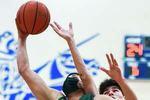 Bryan Garcia led Nixon with 25 points as the Mustangs defeat St. Augustine Tuesday.
