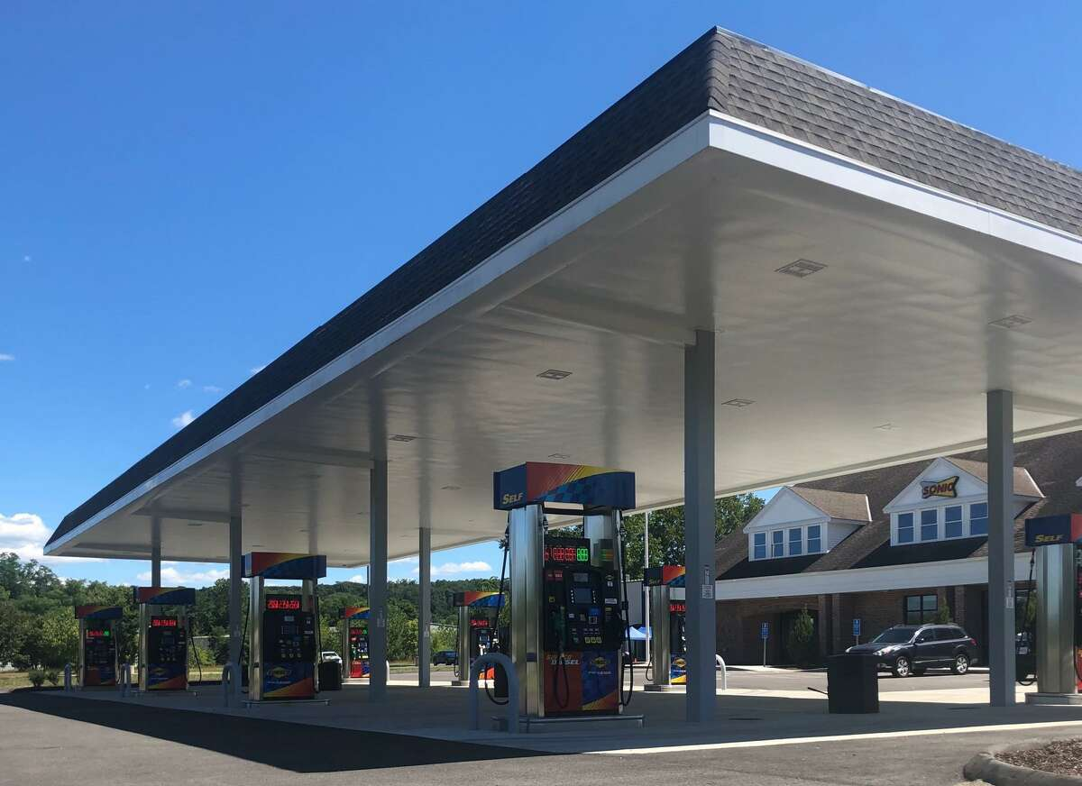 A travel plaza that recently opened at the corner of Still River Drive and Route 7 in New Milford is anchored by a Sunoco gas station.