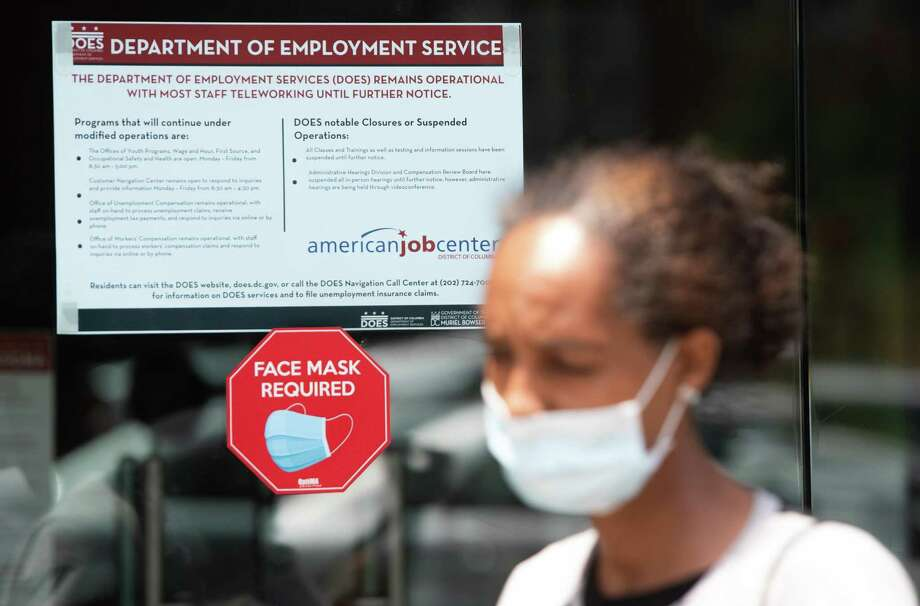 First time claims for unemployment benefits fell nationally and in Texas last week. Photo: SAUL LOEB, Contributor / AFP Via Getty Images / AFP or licensors