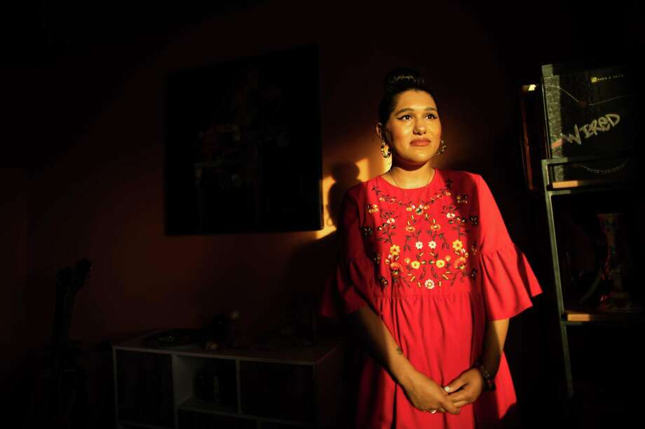 Shannen Garza Hakim, founder and owner of Womxn on the Moon at her home, Friday, Nov. 20, 2020, in Houston. Womxn on the Moon is a female focused artisan sales platform focusing on the sale of artisan jewelry. Photo: Marie D. De Jesús, Staff Photographer / © 2020 Houston Chronicle