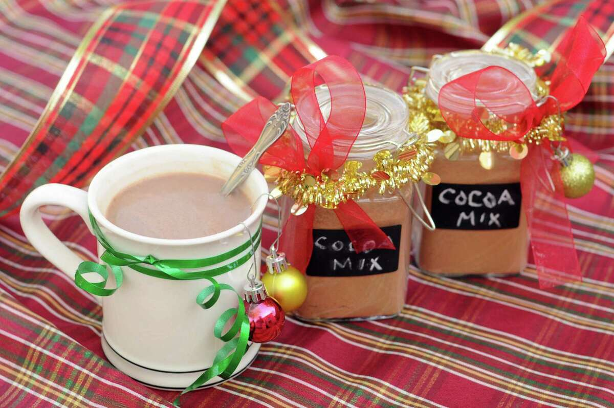 This year consider sending your friends and loved ones a jar of homemade hot cocoa mix.