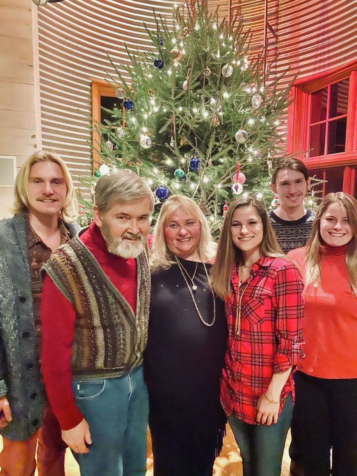 Jonas, Ed Schmidt, Georgia, Marya, Seth, and Darya von Schmidt. The rest of the family goes by