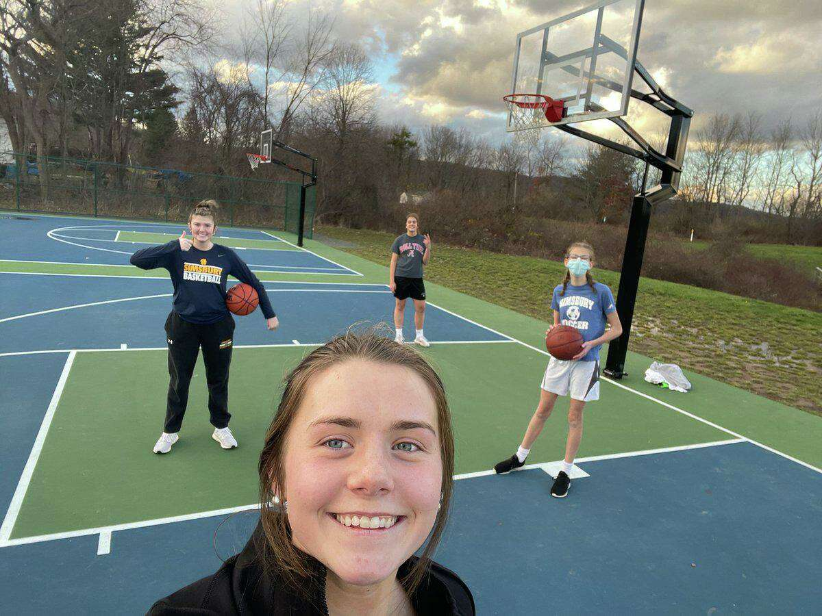 Simsbury girls basketball