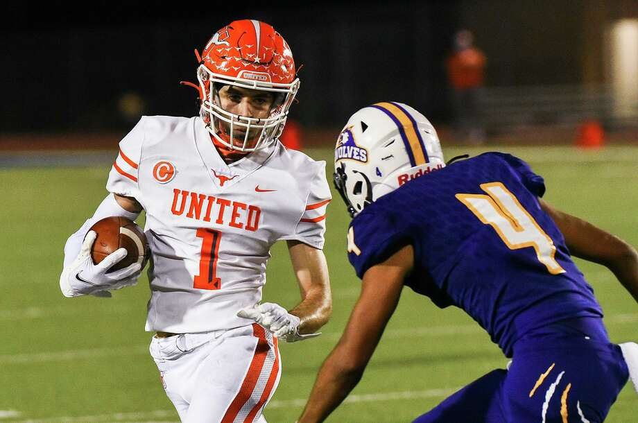 Tanner Sanchez and the United Longhorns will face the Alexander Bulldogs at 7 p.m. Friday. Photo: Danny Zaragoza /Laredo Morning Times File