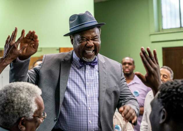 In 'Your Honor,' ACT alum Isiah Whitlock Jr. and Bryan Cranston dig into juicy roles
