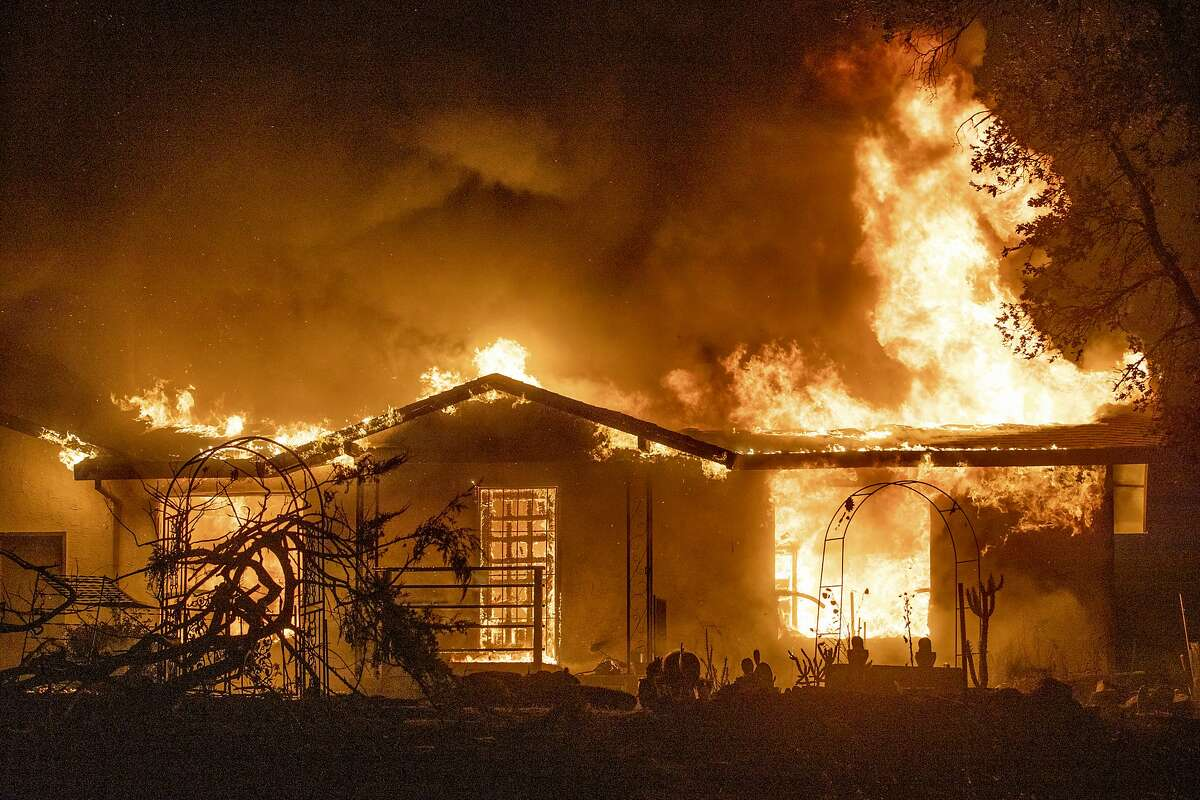 As tempatures climb in the Bay Area ahead of Memorial Day weekend, fire authorities are warning of increased wildfire risk and asking Californians to take precations. (AP Photo/Ethan Swope, File)