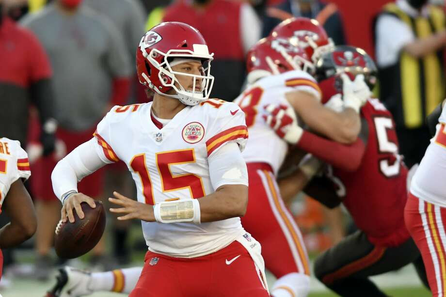 Kansas City Chiefs quarterback Patrick Mahomes (15) throws a pass against the Tampa Bay Buccaneers during the first half of an NFL football game Sunday, Nov. 29, 2020, in Tampa, Fla. (AP Photo/Jason Behnken) Photo: Jason Behnken/AP / Copyright 2020 The Associated Press. All rights reserved.