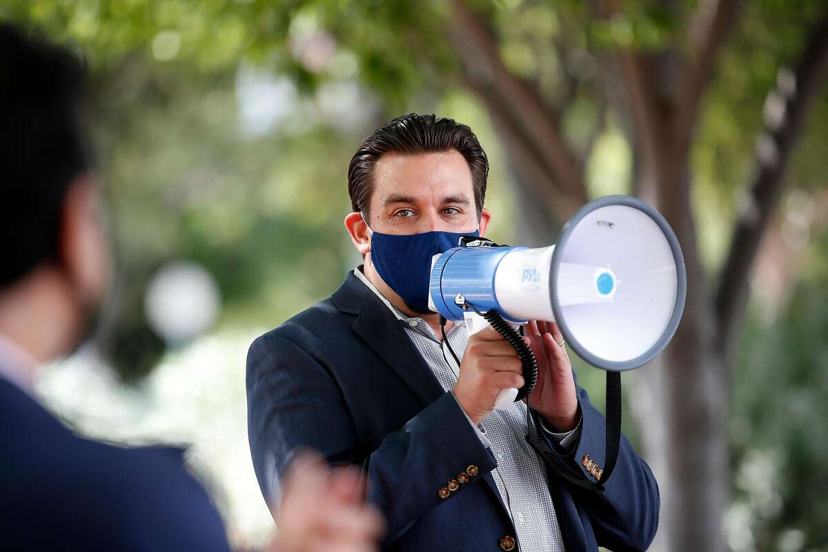 Council member Raul Peralez opposed exempting fuel cells.