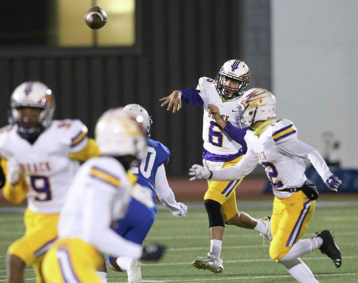 Eagles quarterback Carlos Camargo fires to a receiver as Brackenridge plays Lanier for the District 13 5-A-I championship at Alamo Stadium on Dec. 4, 2020.