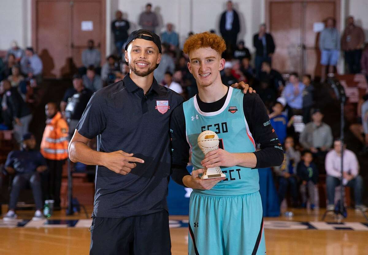 Nico Mannion got close to Curry in 2018 then told teams to leave him alone on draft day so they could be together.
