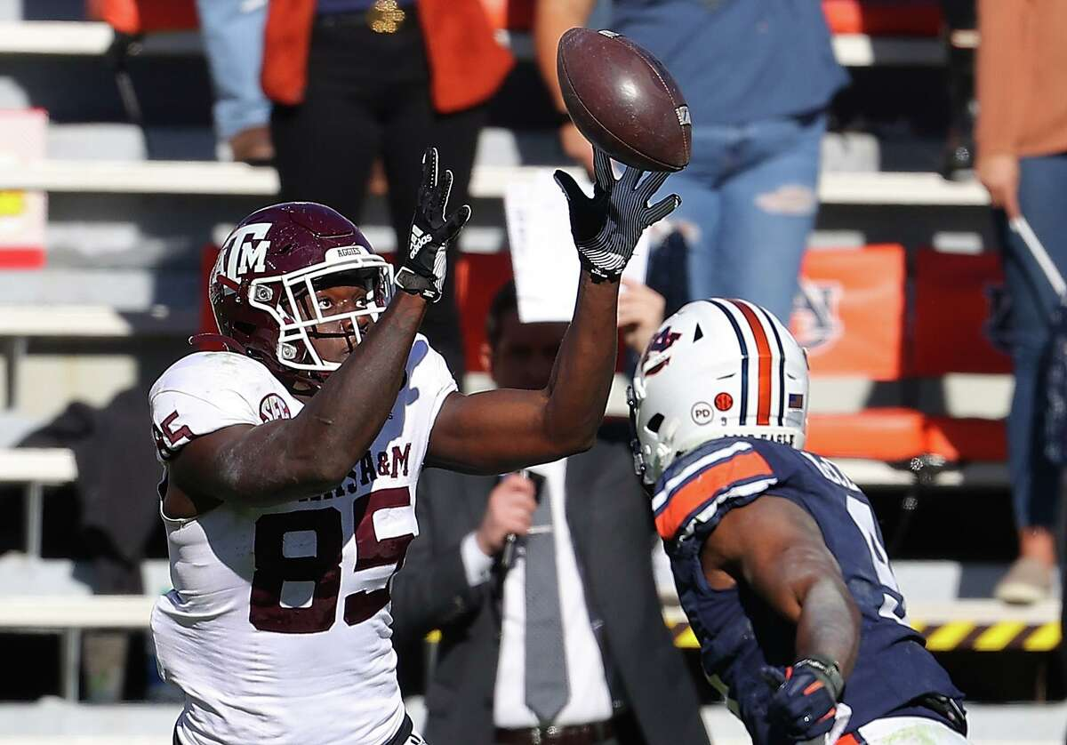 Texas A&M tight ends Jalen Wydermyer is being discussed as a possible first-round pick in the 2022 NFL draft.