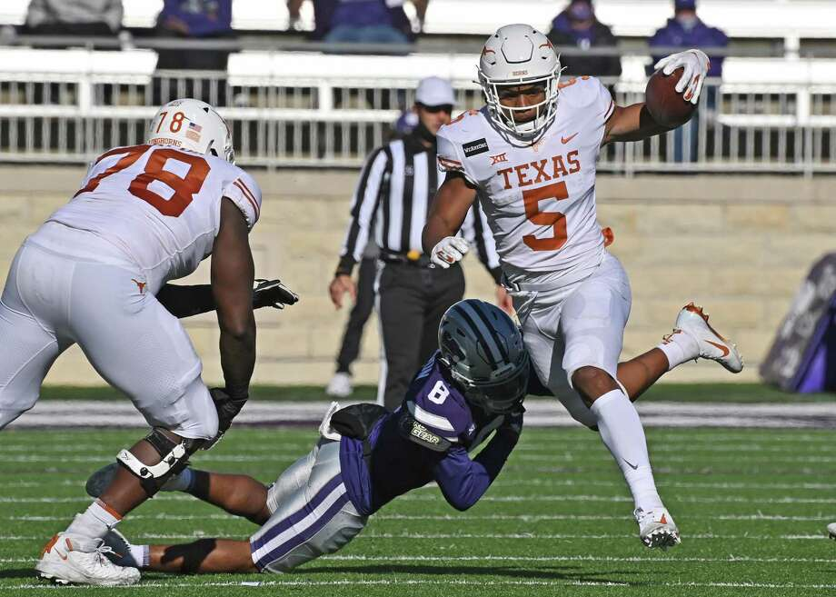 Eight games into his UT career, true freshman running back Bijan Robinson has energized the ground game and the offense as a whole. Photo: Peter Aiken / Getty Images / 2020 Getty Images