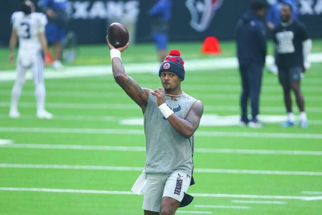 Houston Texans quarterback Deshaun Watson warms up before an NFL football game against the Indianapolis Colts at NRG Stadium on Sunday, Dec. 6, 2020, in Houston. Photo: Brett Coomer, Staff Photographer / © 2020 Houston Chronicle