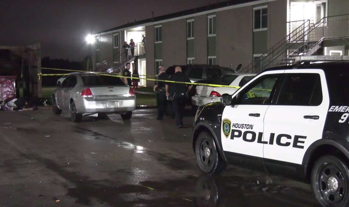 Police investigate the shooting death of Derrick Mike on Nov. 28, 2020, in the 9600 block of Montgomery Road.