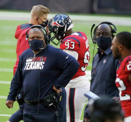 Houston Texans head coach Romeo Crennel on the sidelines during the second half of an NFL football game at NRG Stadium, Sunday, December 6, 2020, in Houston. Photo: Karen Warren, Staff Photographer / © 2020 Houston Chronicle