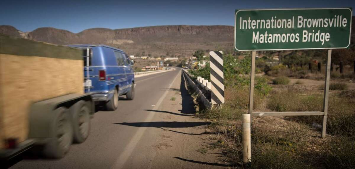 Are those mountain ranges in Brownsville, Texas? That's what Texas' border city looks like according to Netflix's