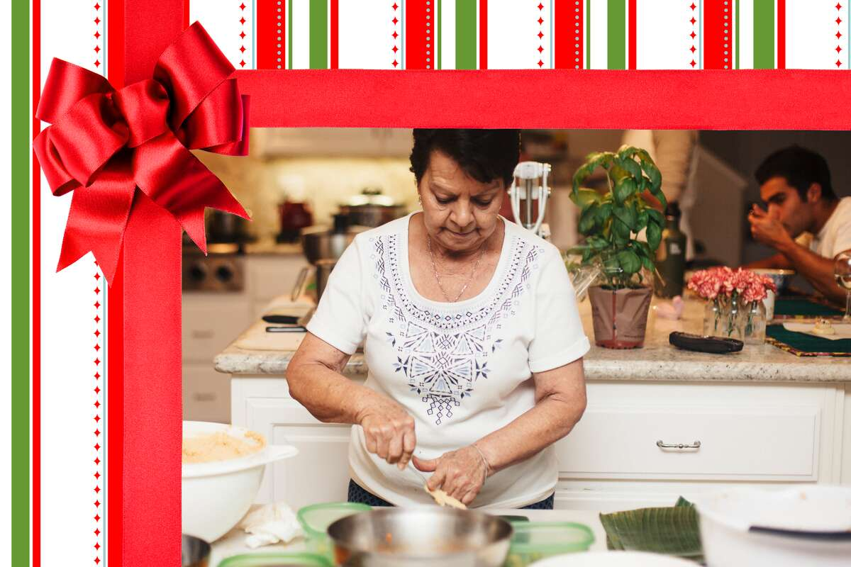 Use this gift guide to find the right gift for the home cooks and bakers on your shopping list this holiday season.