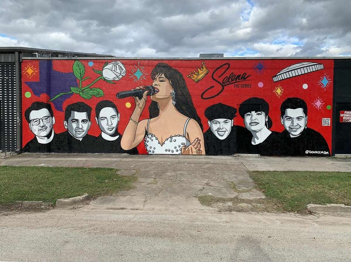Photo of new Selena mural in honor of Selena: The Series that premiered on Netflix on Dec. 4.