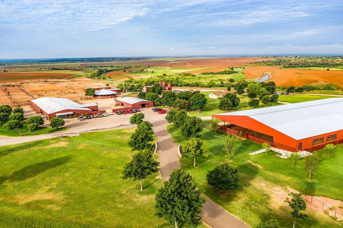 6666 Ranch | $192 million | 142,372 acres
