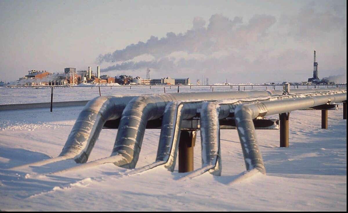 North Slope crude oil gathering lines in Alaska.