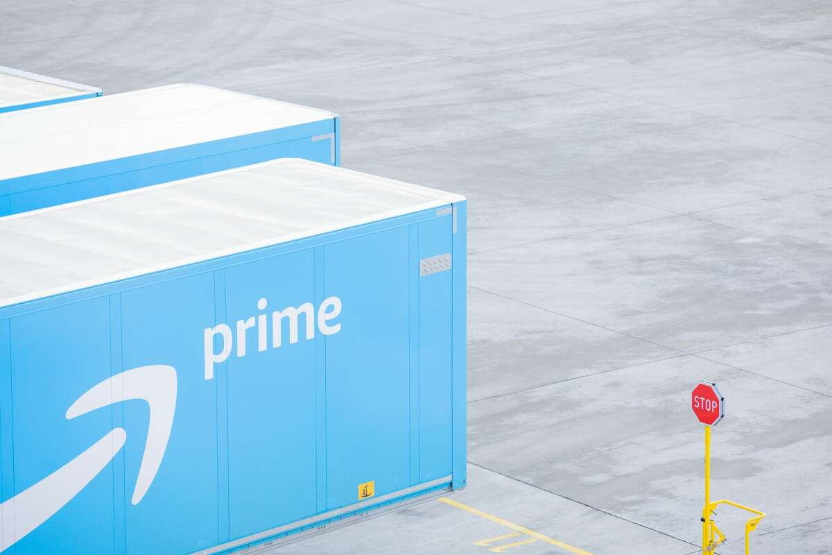 Amazon is opening a new fulfillment center in Missouri City in 2021.