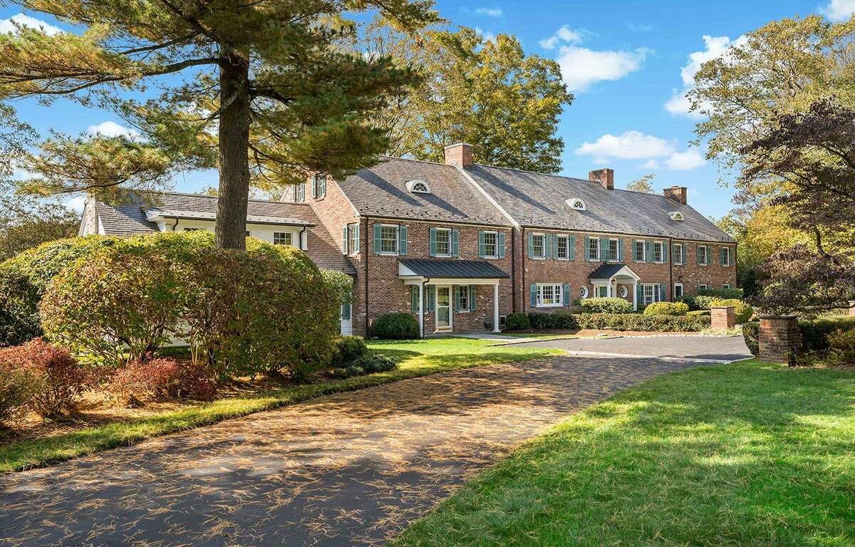 672 Oenoke Ridge Road in New Canaan is on the market for $3,995,000. Even the slowdown typically seen in the fall and heading into the holidays has not happened.