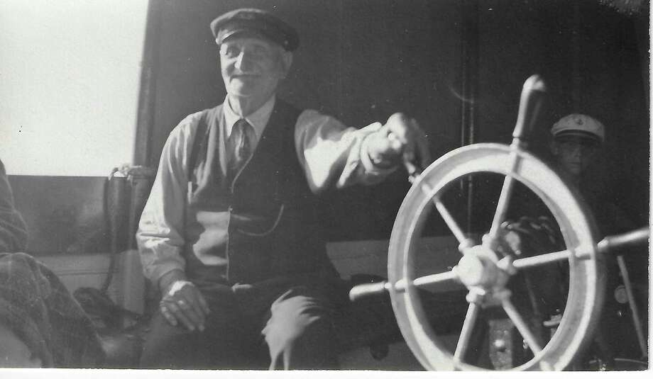 Capt. George Waters came to Frankfort in 1860 at age 4 and died there at 97 yearsafter piloting boats into his 90sand building several boats which he used as ferries between Frankfort and South Frankfort. (Courtesy Photo)