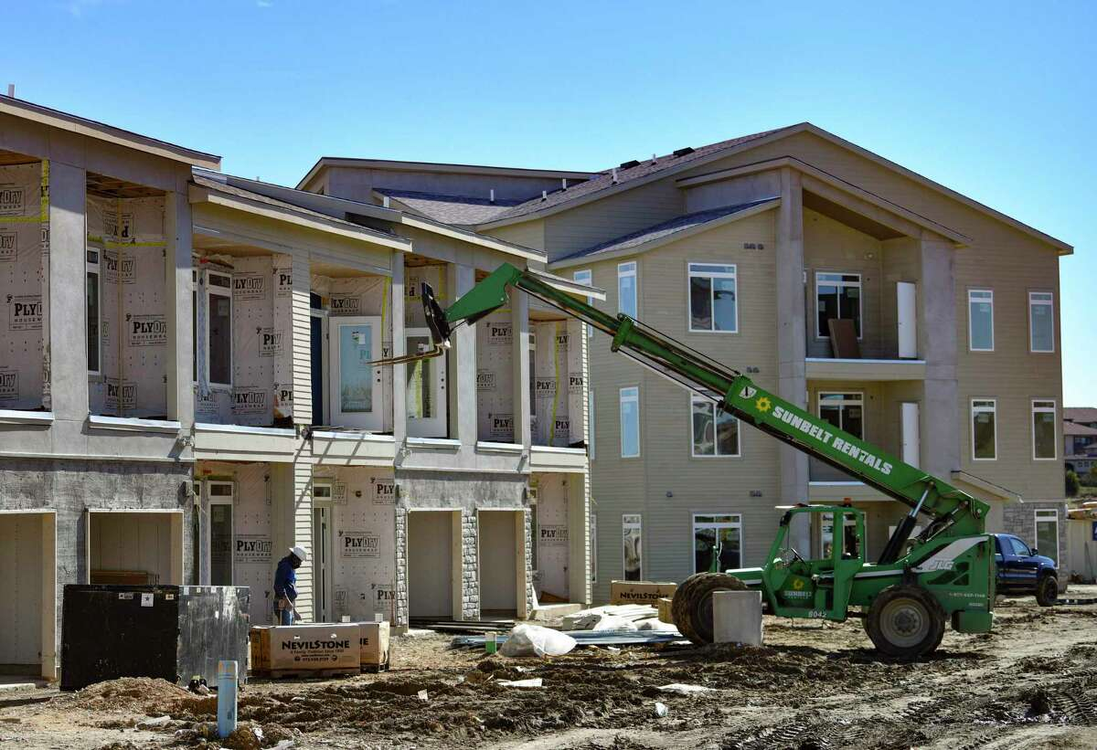 Galaxy Builders, a local contractor, is currently constructing the Creekside at Lookout, an apartment complex at 7311 North Loop 1604 East.