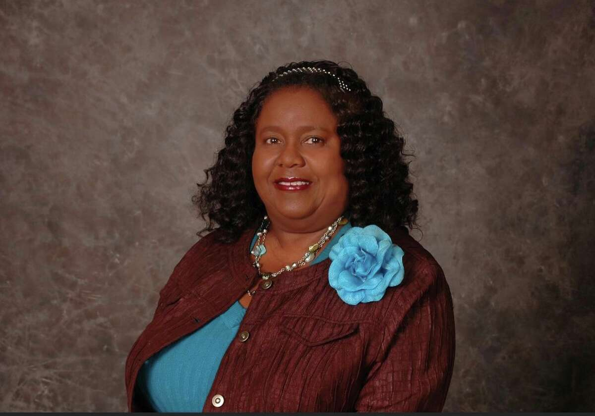 Gladdie P. Fowler, a 35-year Spindletop Center board of trustee, died on Dec. 4 in Houston Texas after a month-long bout with coronavirus.
