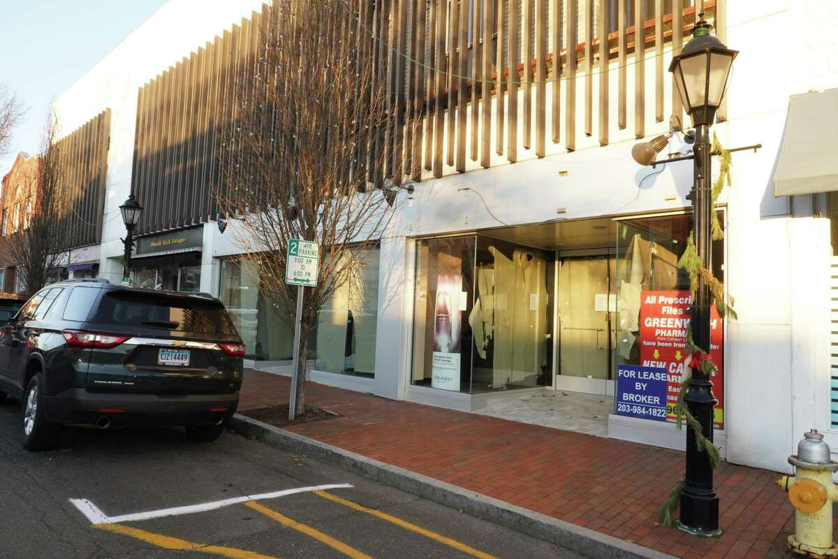 Sixteen store fronts are vacant in New Canaan village and the Tourism and Economic Development Advisory Committee wants to improve their appearance while helping to reduce the numbers. One area particularly badly hit is on Main Street near the corner of Elm Street where there is a stretch of four vacant store fronts in a row, as of Dec. 8, 2020.