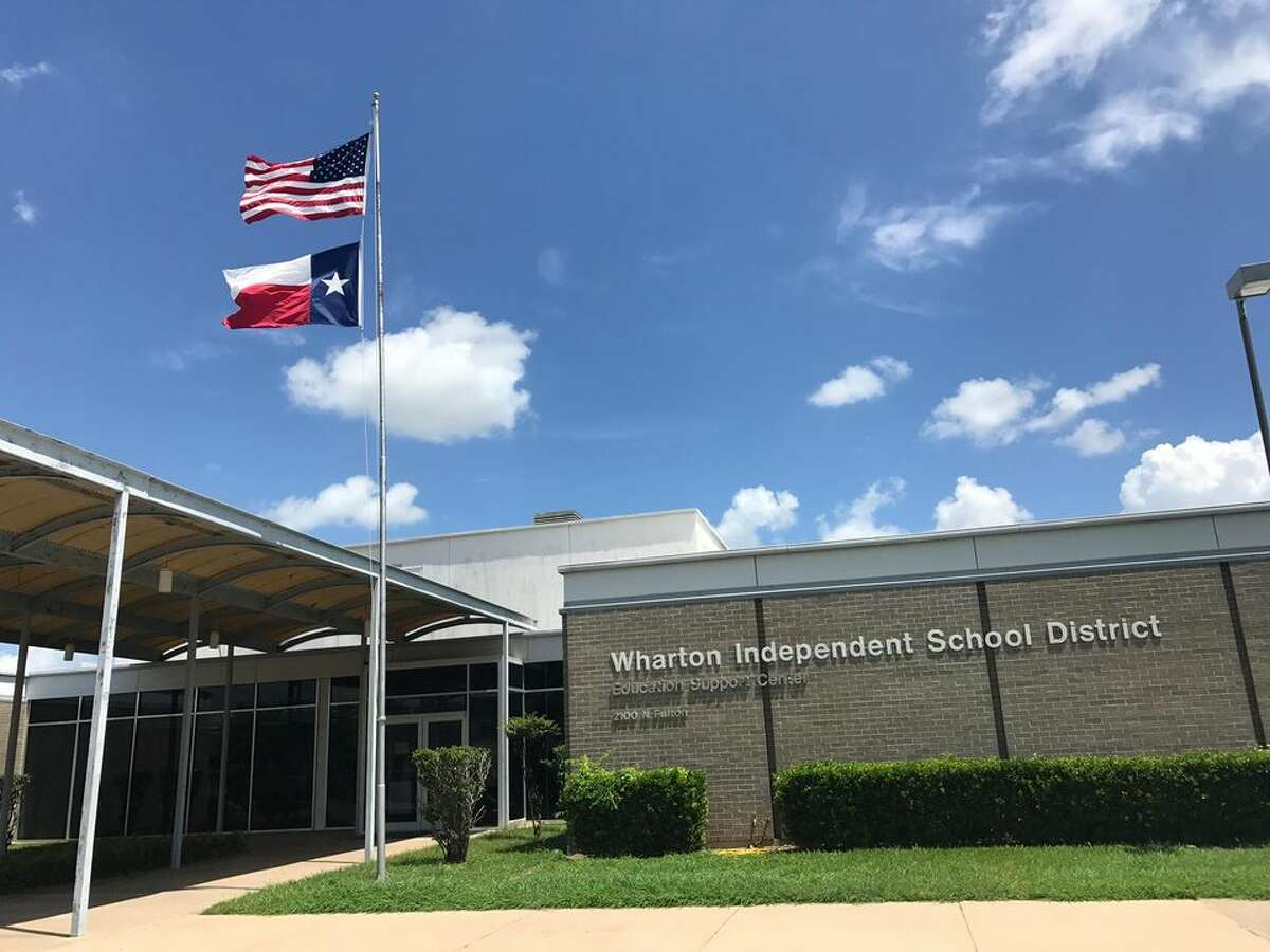 After a fourth grade teacher tested positive for COVID-19, now an entire fourth grade class will have be quarantined in Wharton, Texas.