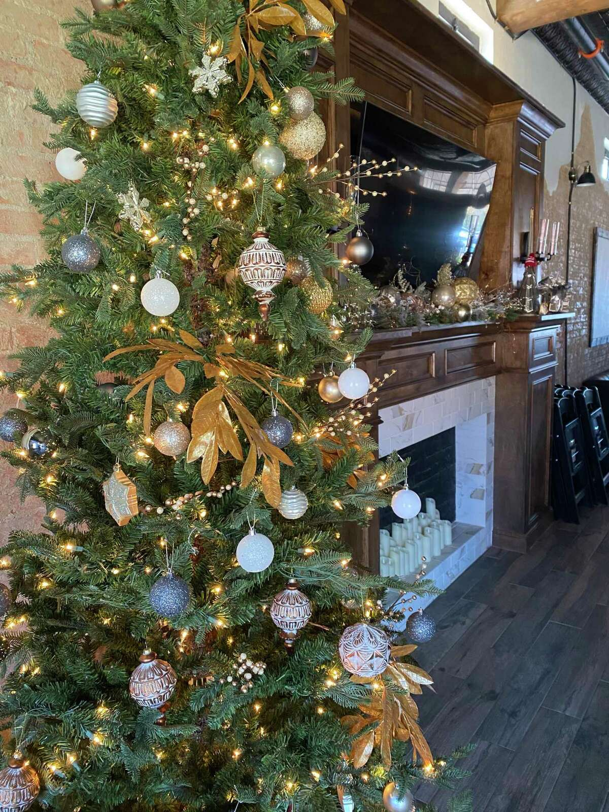 202 Main is decorated for Christmas and in advance of the first Holiday Songwriters Brunch on Sunday at 11 a.m.