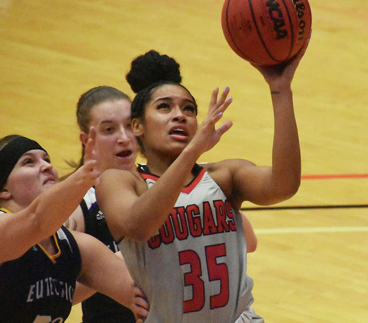 SIUE guard Mikala Hall goes up for a layup on a fastbreak in the first half of Wednesday's game.