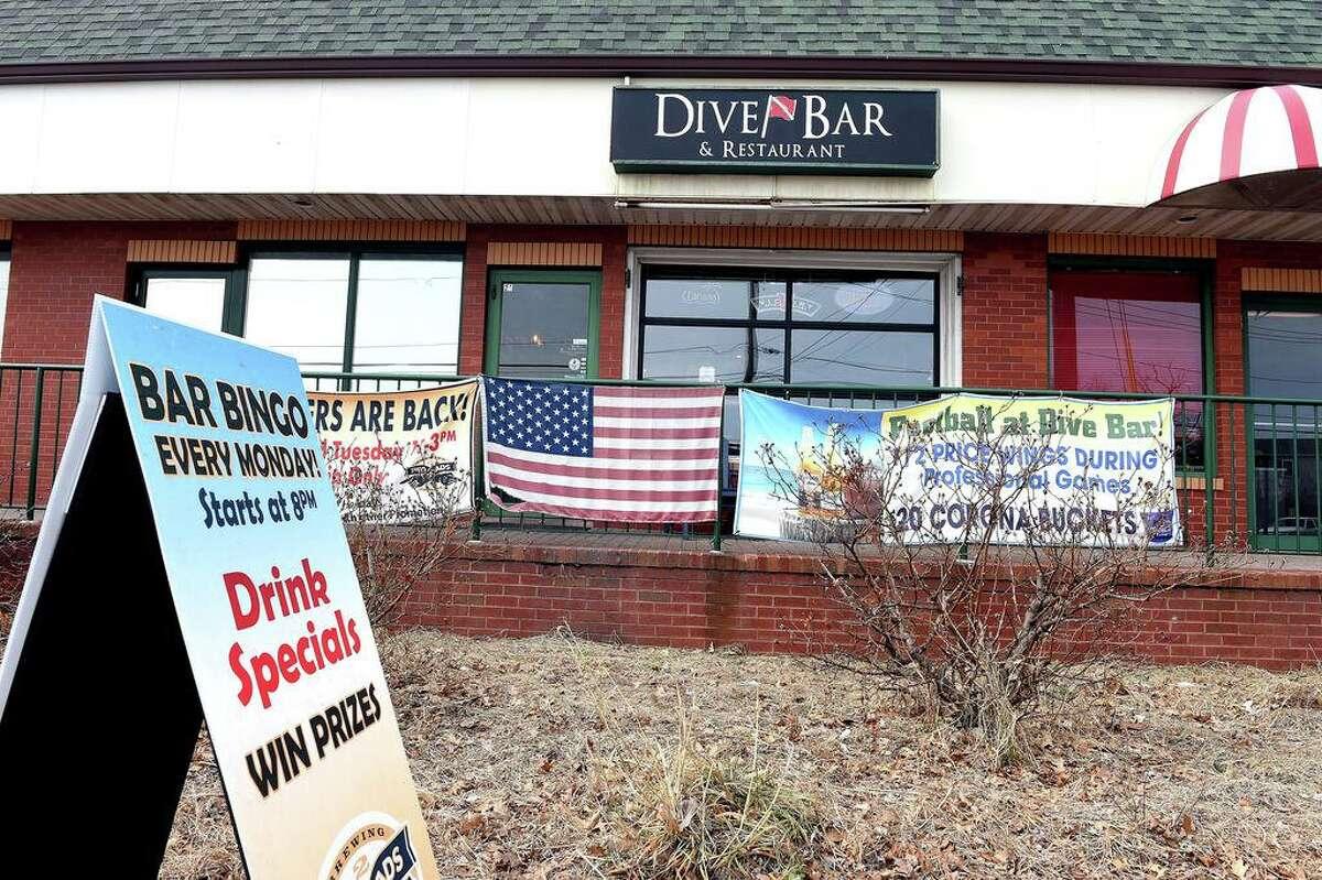 The Dive Bar & Restaurant on Ocean Avenue in West Haven