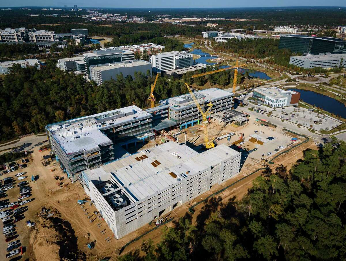 Construction continues on the the new Hewlett Packard Enterprise campus, Wednesday, Dec. 9, 2020, in Spring, TX.