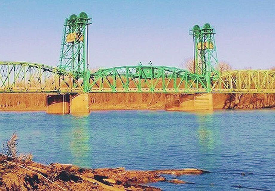 The bridge crossing the Illinois River at Florence is scheduled for replacement and project officials hope to move forward with the project, with a new bridge operational in 2025. Photo: Jerry Stocker   Reader Photo