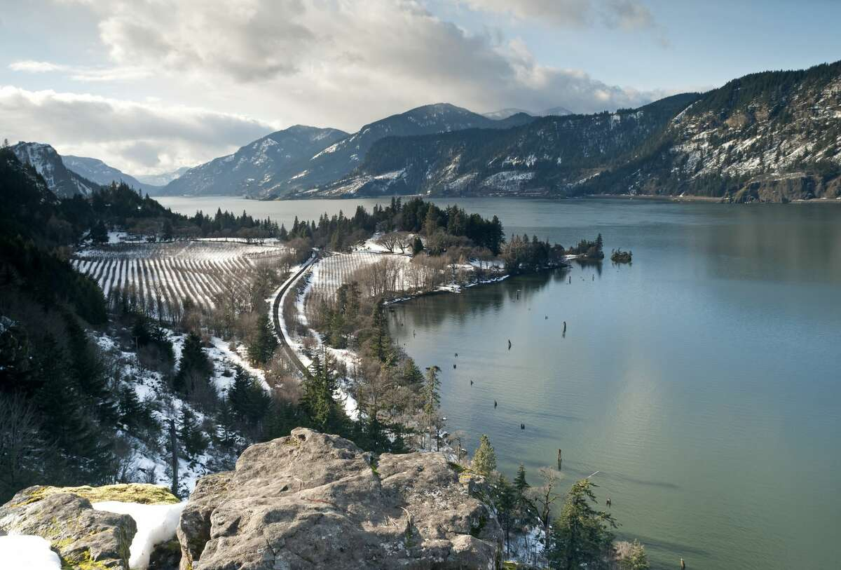 This is Ruthton Point in the Columbia Gorge. The point is in Hood River, Oregon. It's a lesser-known spot to take pictures, but we'll just keep that our litle secret.