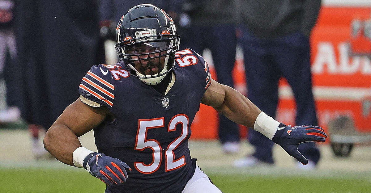 Khalil Mack #52 of the Chicago Bears rushes against the Detroit Lions at Soldier Field on December 06, 2020 in Chicago, Illinois. The Lions defeated the Bears 34-30. (Photo by Jonathan Daniel/Getty Images)