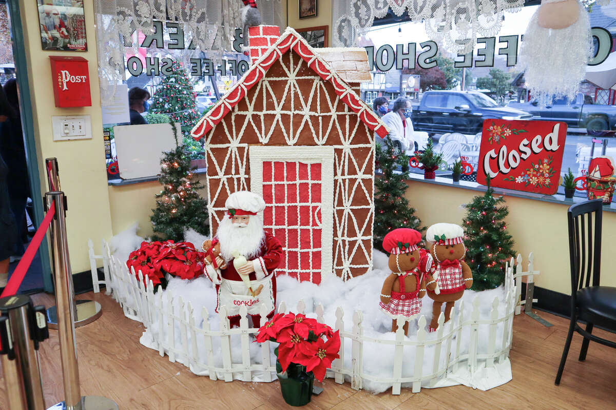 A gingerbread house display at Olsen's Danish Village Bakery on December 6, 2020