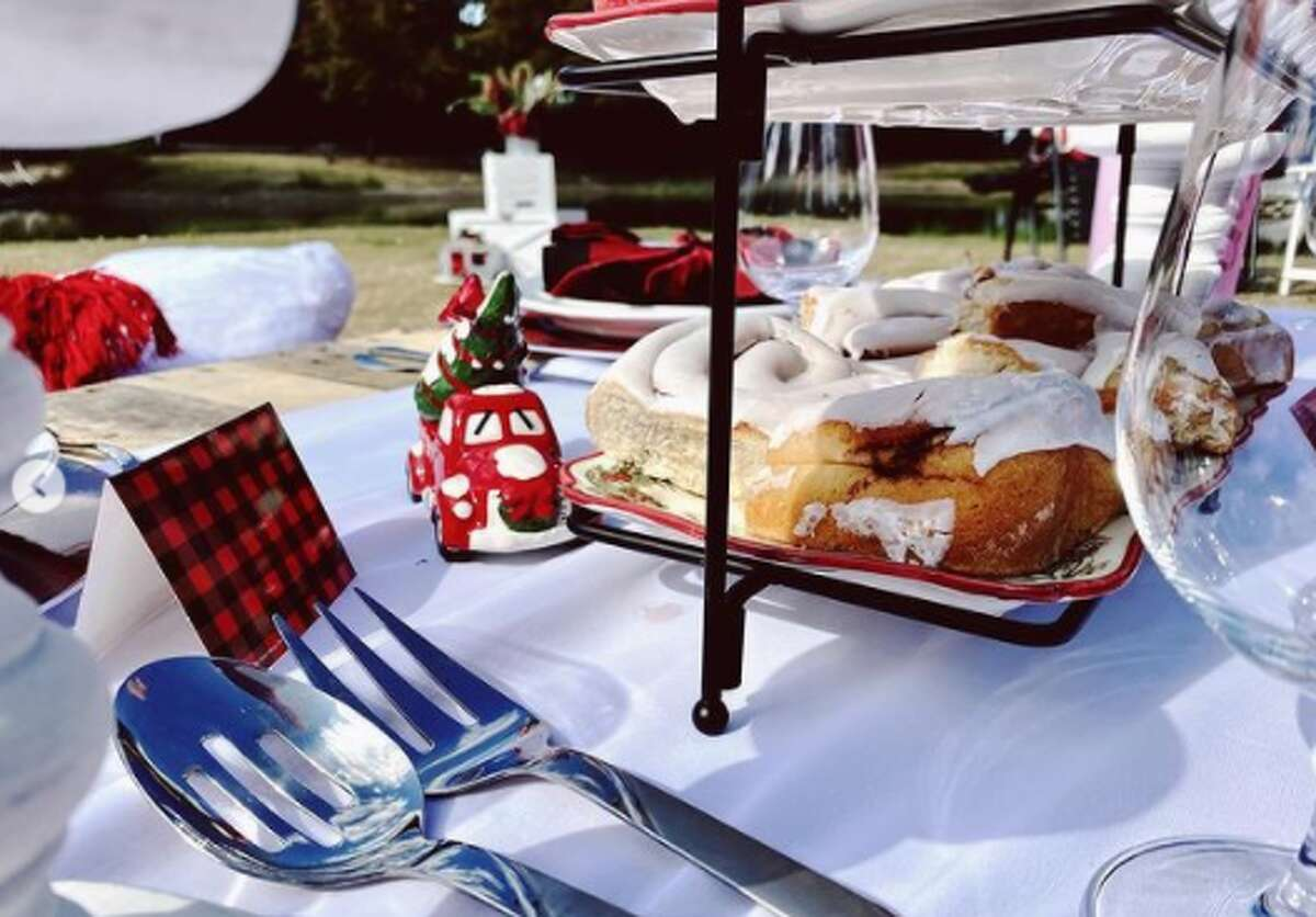 White offers a picnic and movie package for two to four people for $110, which includes a traditional picnic set-up, holiday film, and a 14-foot inflatable movie screen. It also has Christmas lights and a campfire. This option is only for clients interested in a private setting of their choice. Upgrade your experience with chairs for $145. Set-up and clean-up fees are included in all three.