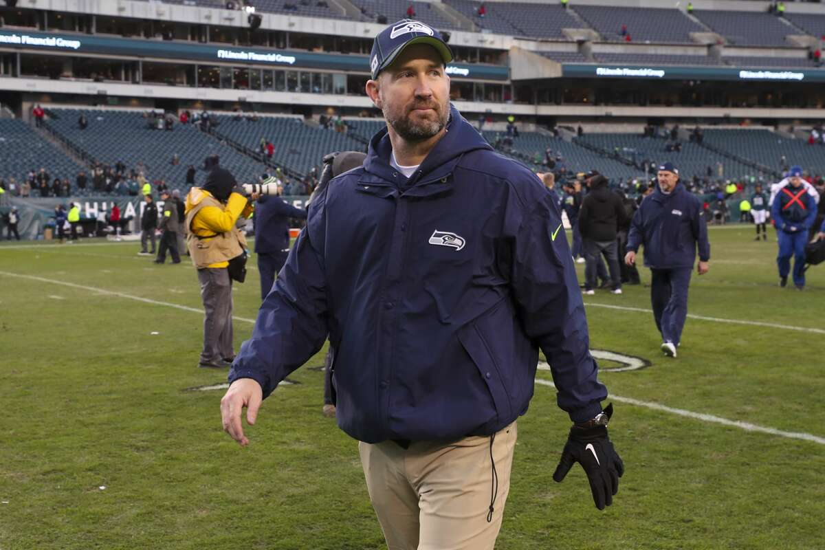 PHILADELPHIA, PA - NOVEMBER 24: Offensive coordinator Brian Schottenheimer of the Seattle Seahawks walks off the field against the Philadelphia Eagles at Lincoln Financial Field on November 24, 2019 in Philadelphia, Pennsylvania. (Photo by Mitchell Leff/Getty Images)