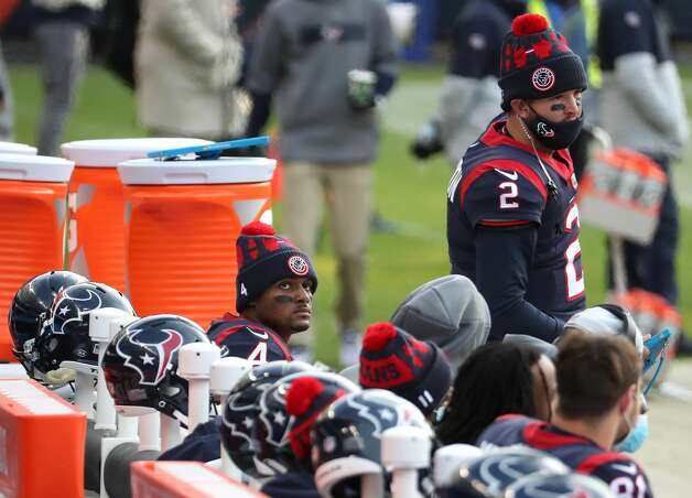 Houston Texans quarterback Deshaun Watson (4) sits on the bench between series against the Chicago Bears during the second half of an NFL football game at Soldier Field Sunday, Dec. 13, 2020, in Chicago. Photo: Brett Coomer/Staff Photographer / © 2020 Houston Chronicle