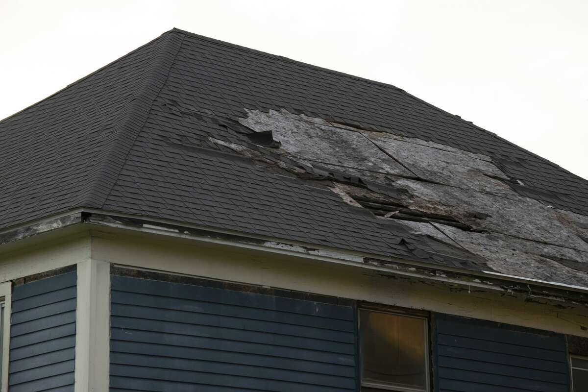 Get exclusive savings on your next roof repair in Houston with Roof Repair Squad.
