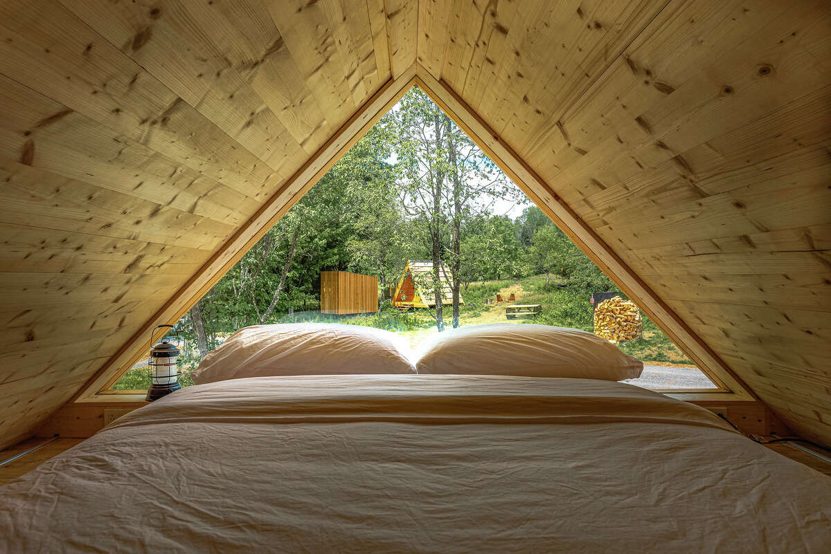 At the foot of Windham Mountain, Eastwind offers a number of rooms with private entrances and tent-like A-frame mini-cabins.