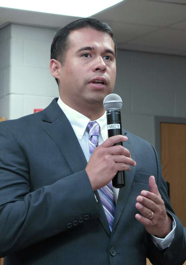 Alfonso Calderon addresses UISD Administrators, school officials and students Wednesday morning after being named as  the new Athletic Coordinator and Head Football Coach for LBJ. Photo: Cuate Santos / Laredo Morning Times / Laredo Morning Times